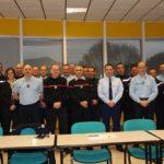 Des cadres du SDIS, de la gendarmerie et de la police nationale coordonnent leurs actions sur opérations