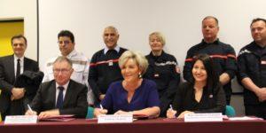 L'organisation d'une permanence d'infirmiers de sapeurs-pompiers formés aux protocoles de soins d'urgence est mise en place à titre expérimental sur la montagne ardéchoise pour améliorer la prise en charge des soins urgents
